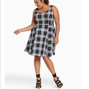 Torrid TEXTURED PLAID SKATER DRESS 2X
